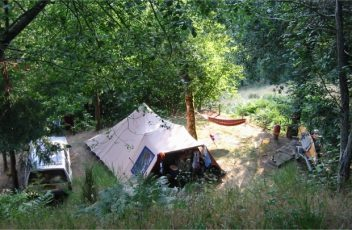 Quels-sont-les-plus-beau-lieux-à-visiter-au-camping-Le-Belvèdère-en-Auvergne